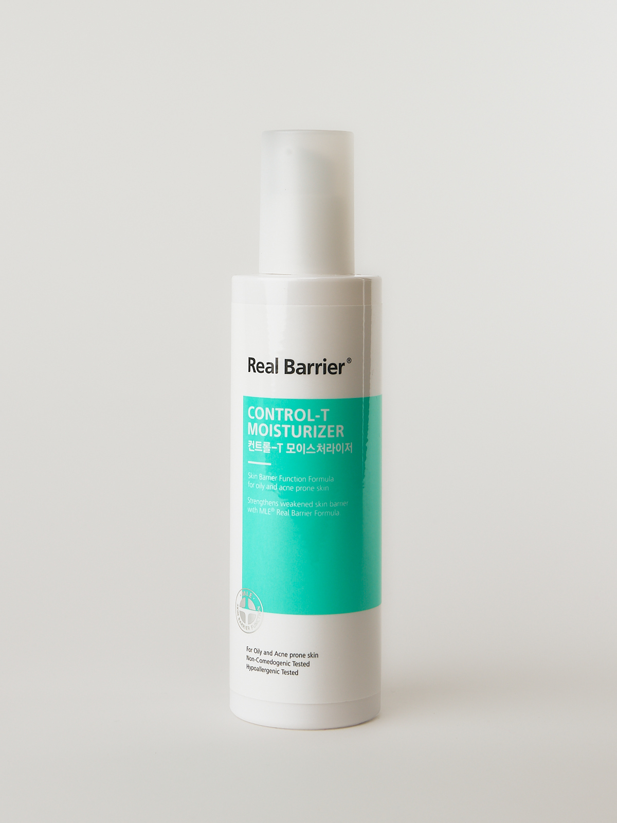 Real Barrier Control-T Moisturizer. Leichte Feuchtigkeitscreme gegen Pickel, Mitesser und Akne im weiß türkisen Fläschchen.