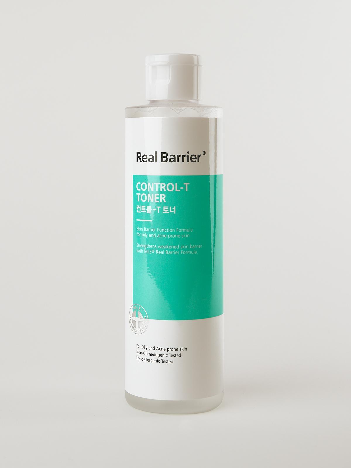 Real Barrier Control-T Toner gegen Pickel, Mitesser und Akne. Gesichtswasser für fettige Haut im weiß türkisen Fläschchen.
